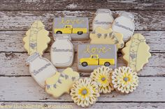 Image from http://thebakedequation.com/wp-content/uploads/2014/08/Mason-Jars-and-Vintage-Cars.jpg.