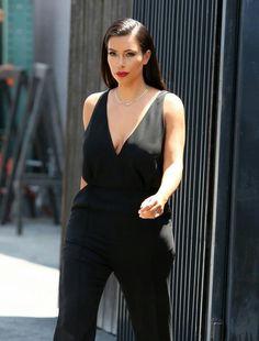 Per Naomi Campbell un look Gothic Glam di Roberto Cavalli a Londra. Giochi  di strass 8bd00718e29