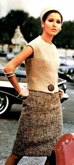 Two piece dress by Molyneux (N° 1579), Vogue Patterns Counter Master Book Summer 1965 (image scanned by Magdorable)