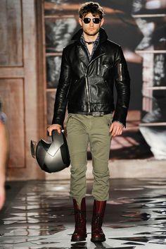 Michael Bastian Fall 2010 Menswear Fashion Show Michael Bastian, Leather Fashion, Leather Men, Mens Fashion, Leather Jackets, Motorcycle Style, Motorcycle Fashion, Vogue, Fashion Show