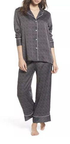 8ff93f348d4ba Natori By Josie Natori Labryinth Black And White Printed Pjs Pajamas Pj Set  Xs