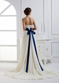 Charming Chiffon & Satin A-line Strapless Neckline Empire Waist Wedding Dress with Beaded Lace Appliques