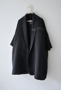 Thulma Coat Navy Linen by Amy Revier Types Of Jackets, Beautiful Outfits, Beautiful Clothes, Wool Coat, Get Dressed, Couture, Style Me, Personal Style, Normcore