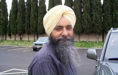 Political Motivation Contemplated in Slaying of Chicago Sikh: Sikh Information Centre - http://sikhsiyasat.net/2015/08/20/political-motivation-contemplated-in-slaying-of-chicago-sikh-sikh-information-centre/