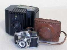 Minetta spy camera - 1960s , Brownie V127 kodak uit 1934