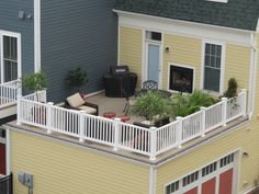 Rooftop with Duradek on a Potomac Yard townhome by Pulte Homes in Alexandria, VA