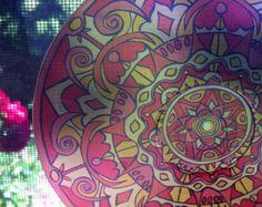 Indische Trunk Mandala Suncatcher psychedelische von EyePopArt