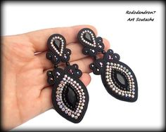 ***** SPECIAL OFFER : If you spend $50-$100 in my shop, you receive 5% discount, $100-$150 you receive 10% discount, and over $150 --> 15% discount Shibori, Soutache Earrings, Tassel Earrings, Burlesque, Paula Ordovás, Big Glasses, Beads Pictures, Black Fire, Faceted Glass