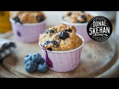 Healthy muffins are perfect for a quick breakfast on the go. These blueberry and chia seed muffins are packed with healthy ingredients, which will keep you going for any busy morning. Healthy Blueberry Muffins, Healthy Breakfast Muffins, Blueberry Recipes, Healthy Eating Recipes, Healthy Baking, Healthy Treats, Healthy Dishes, Muffin Recipes, Baking Recipes