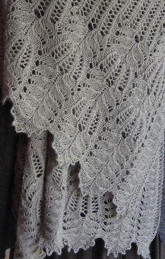 Free pattern: Milanese Loop Scarf