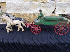 Horse Wagon, Horse Drawn Wagon, Cast Iron, It Cast, Metal Toys, Old Tools, Antique Metal, Baby Elephant, Dollhouse Miniatures