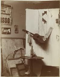 Pablo Picasso (Spanish, Photographic composition with Construction with Guitar Player and Violin. Paris, on or after January 25 and before March 1913 Gelatin silver print 4 x 3 x cm) Private collection Pablo Picasso, Picasso Collage, Picasso And Braque, Picasso Art, Moma, Picasso Still Life, Synthetic Cubism, Gelatin Silver Print, Grand Palais