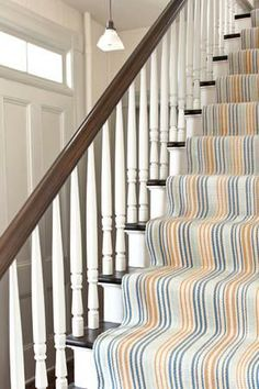 How to Choose a Runner Rug for a Stair Installation. A stair runner automatically elevates the look of almost any hallway! Check out our tips for choosing the best rug for your stairs: Wall Carpet, Carpet Stairs, Carpet Runner, Rug Runner, Stair Runner Installation, Stair Rugs, Dash And Albert, Rug Company, Types Of Rugs