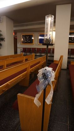 #vtwmc | Blue Floral Bows | Wrought Iron Aisle Candles | War Memorial Chapel