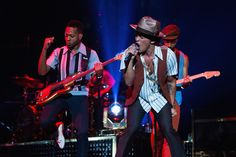 Bruno Mars - Bruno Mars - Moonshine Jungle Tour - Staples Center - Los Angeles, CA