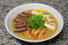Ramen Noodle Recipes, Pasta Recipes, Soup Recipes, Japanese Ramen, Japanese Food, Good Food, Yummy Food, Delicious Recipes, Sinigang