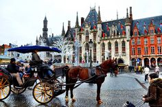 Comparing Bruges and Ghent - Flemish Travel Showdown Christmas In America, Christmas In Europe, Christmas Town, Christmas Traditions, Christmas Holidays, Bruges Christmas, Celebration Around The World, World Photo, Travel Memories