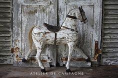 #23/006 Wooden Horse