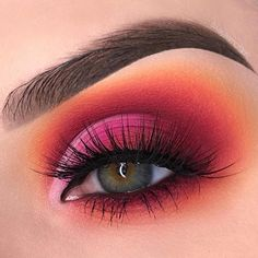 make up Here are the best Summer Makeup Trends for These Summer Makeup looks will give you ideas on how to do your makeup for summer which are effortless. Makeup Eye Looks, Eye Makeup Art, Makeup Set, Makeup Inspo, Makeup Eyeshadow, Makeup Inspiration, Eyeshadows, Daily Makeup, Glitter Makeup