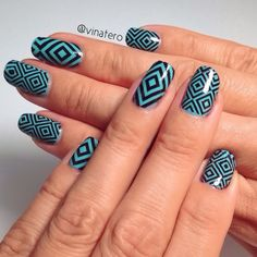 ✨✨ Geometric Nails! ✨✨ I learned how to make my own water decals with the help of a YouTube tutorial by the Nail Goddess @elleandish:  http://youtu.be/M0MMVsBhxLA  #nailart #nails