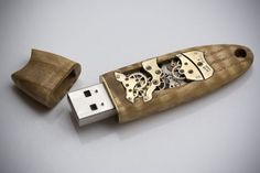 Mechanical USB Memory Key No16 by back2root