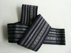 Men's obi sash - Japanese vintage - new- woven decorative silver stripe against navy blue background - WhatsForPudding
