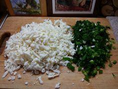 Turte cu brânză și verdeață. Ar fi bine să faceți deodată mai multe! - Bucatarul Grains, Dairy, Rice, Cheese, Food, Essen, Meals, Seeds, Yemek