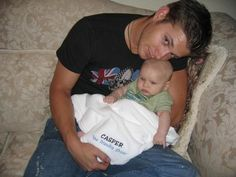 Jensen Ackles with His Baby | clutches ovaries*