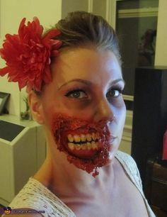 Pin-Up Zombie - Halloween Costume Contest