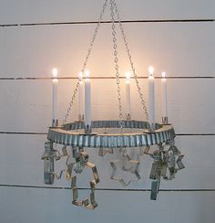 Clever christmas candle holder - who knew a tart pan rim and cookie cutters could make a candle chandelier. Christmas Love, Christmas And New Year, Vintage Christmas, Christmas Wreaths, Christmas Crafts, Christmas Decorations, Christmas Ornaments, Candle Decorations, Advent Wreaths