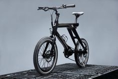 B.O.M Carbon Electric Bicycle, Electric Scooter, Electric Motor, Electric Cars, Getting Back In Shape, Led, Solar Lights, Bike Life, Carbon Fiber