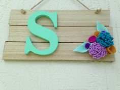 Rustic pallet sign with rope hanger, Wall art mint letter, Baby Shower decoration, Birthday gift , Nursery decor, Wall hanging by designbyGeja on Etsy