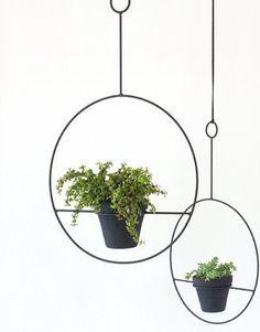 METAL PLANT HANGER BLACK - PREORDER