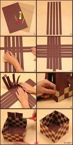 Caixinhas com tiras e papel