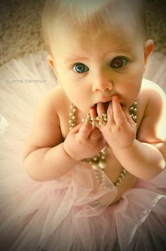 Mother, Daughter, love, relax, ideas, family, tutu, adorable, beads, precious, pose,  Baby Addi - KURTIS OSTROM PHOTOGRAPHY