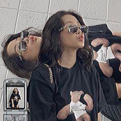 Kpop Aesthetic, Aesthetic Photo, Aesthetic Girl, Aesthetic Pictures, Aesthetic Vintage, Girl Photo Poses, Girl Photos, Red Velet, Ulzzang Korean Girl