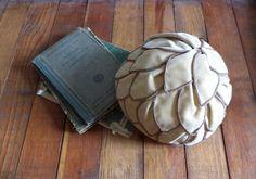 Vintage 1950s Hat 50s Cloche Schiaparelli Velvet Hat with Leaves
