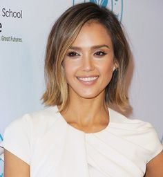 From medium length waves to a chic bob haircut, we're charting Jessica Alba's most covetable hairstyles over over the last five years. Jessica Alba Bob, Jessica Alba Style, Beauty Tips, Beauty Hacks, Hair Beauty, Jessica Alba Hairstyles, Medium Length Waves, Flip Hairstyle, Hair Colour
