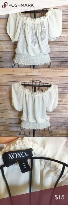Cream xoxo blouse Beautiful cream blouse , can be worn off the shoulder XOXO Tops Blouses