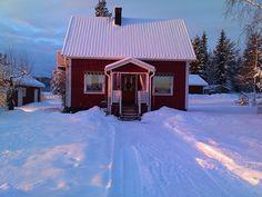 Kleines Haus, eingeschneit