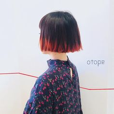 □□お客様ヘア□□ ・ パッツンボブと毛先のオレンジ カジュアルにもモードにも◎ ・ #otope #オトペ #オトペヘア #hair #ヘア #ヘアカタ #haircatalog #パッツンボブ #ボブ #デザインカラー #otope_ura
