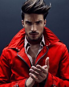 In this Mariano Di Vaio Best Model Men Hairstyle article we will show all her hairstyle. We collect all the hair models under one roof, 2016 Hairstle, Different Beard Styles, Beard Styles For Men, Hair And Beard Styles, Hair Styles, Mdv Style, Photography Poses For Men, Mode Masculine, Best Model, Haircuts For Men