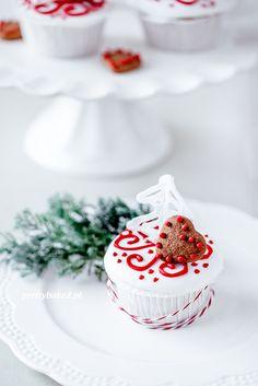 Christmas Tree Vanilla Cupcakes | Christmas Desserts