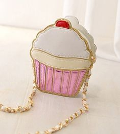 This Kawaii Sweets Soft Leather Sling Purse is super cute! Conveniently keeps your stuff secure and both hands free. Unique Purses, Cute Purses, Cheap Purses, Cheap Bags, Leather Clutch, Pu Leather, Leather Briefcase, Leather Chain, Leather Purses