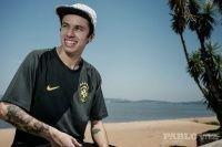 Noticias Luan Oliveira Camisa 3 da Seleção - Mais uma séria de fotos do skatista profissional Luan Oliveira com a nova Camisa 3 da Seleção Brasileira de Futebol que vai estar presente na próxima copa 2014 no Brasil.