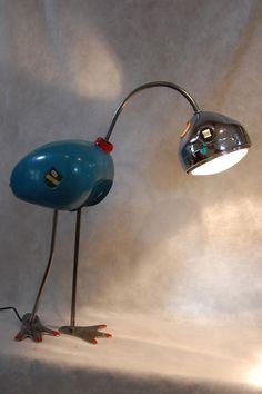 """Lampe """"Flamand Bleu"""" ,vieux réservoir de moto (années 50) récupéré bichonné et remis au gout d'un autre jour."""