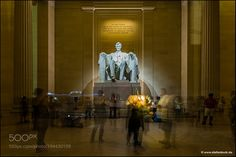 Lincoln Memorial Washington D.C. by Stefan_Bock from http://500px.com/photo/194430109 - Visitors and their smartphones at the Lincoln Memorial in Wahington D.C.. More on dokonow.com.