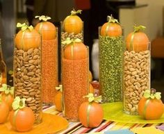 rustic autumn centerpiece...perfect for my thanksgiving table or buffet!