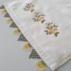 Needle lace, which is one of the most preferred traditional embroidery, continues to be transferred Knitted Poncho, Knitted Shawls, Hand Embroidery, Embroidery Designs, Knit Shoes, Needle Lace, Cheese Cloth, Sweater Design, Knitting Socks