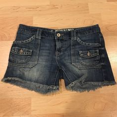 Denim Shorts In perfect condition! Size 3. I'm willing to negotiate, feel free to leave an offer!:) **only listed as Brandy for visibility** Brandy Melville Shorts Jean Shorts